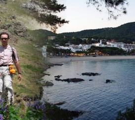 Hiking trail from the Pyrenees to the Costa Brava