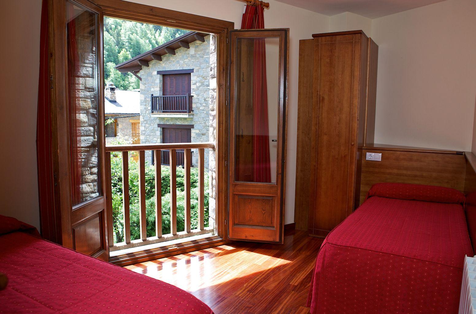 Cases rurals amb encant camprodon girona pirineus - Cases rurals amb encant ...